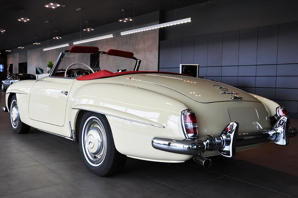 autohaus klein kautenburger historische fahrzeuge mercedes benz 190 sl baujahr 1961. Black Bedroom Furniture Sets. Home Design Ideas
