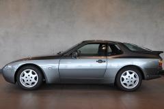 Porsche 944 20